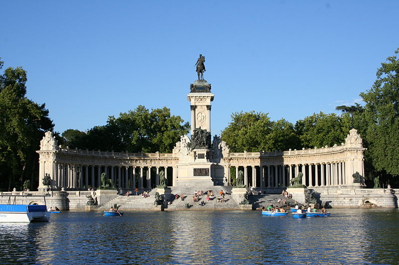 Monumento_a_Alfonso_XII,_El_Retiro,_Madrid